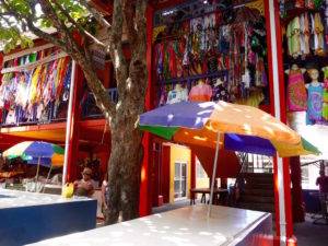 Marktstand auf dem Sir Selwyn Markt, in Victoria, Mahe, Seychellen