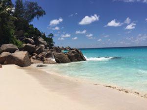 Traumstrand Anse Gorgette auf Seychelleninsel Praslin